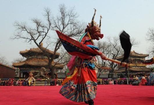 Un moine tibétain lors d'une cérémonie du nouvel an, à Pékin, en 2012. (AFP / Mark RALSTON)