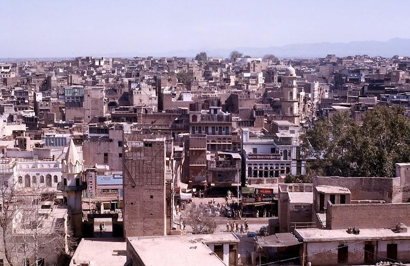 Old-Photos-of-Peshawar-An-aerial-view-of-Peshawar-in-1963